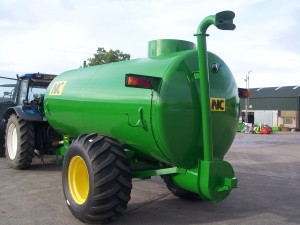 2050-Gallon-Top-Fill-Tanker